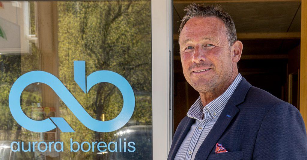 Jan Lysvold selger Aurora Borealis Multimedia